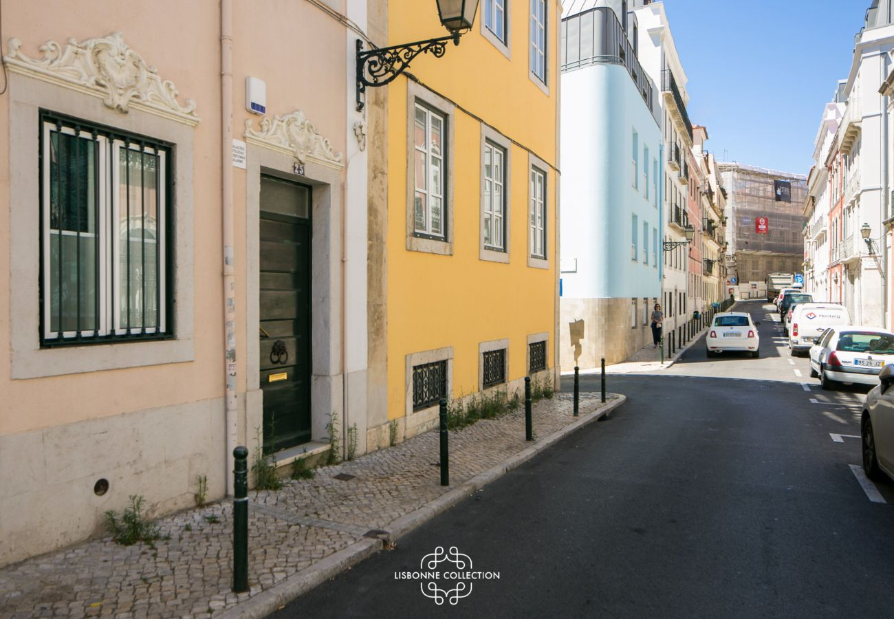 Apartamento em Lisboa - Azulejos' Charming Apartment with Terrace 2 by Lisbonne Collection