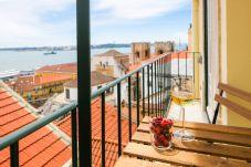Apartamento em Lisboa - Alfama Balcony River View 11 by...