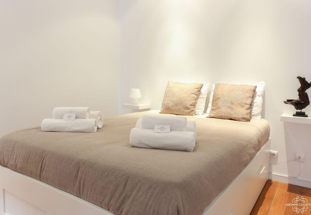 Quarto adulto high-end e cama de prestígio para alugar por um fim de semana