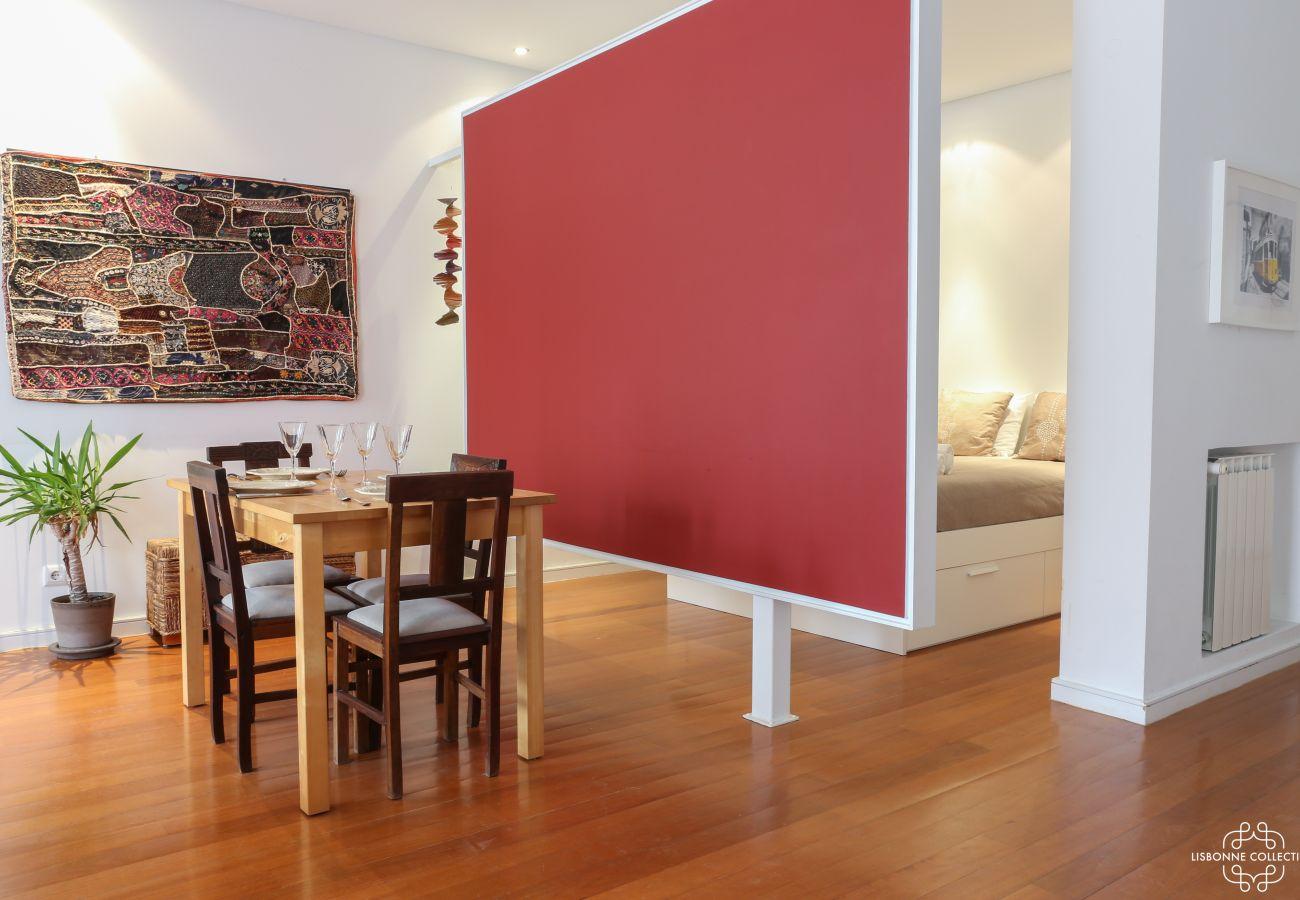 Sala comunicando-se em uma sala de estar de estilo contemporâneo