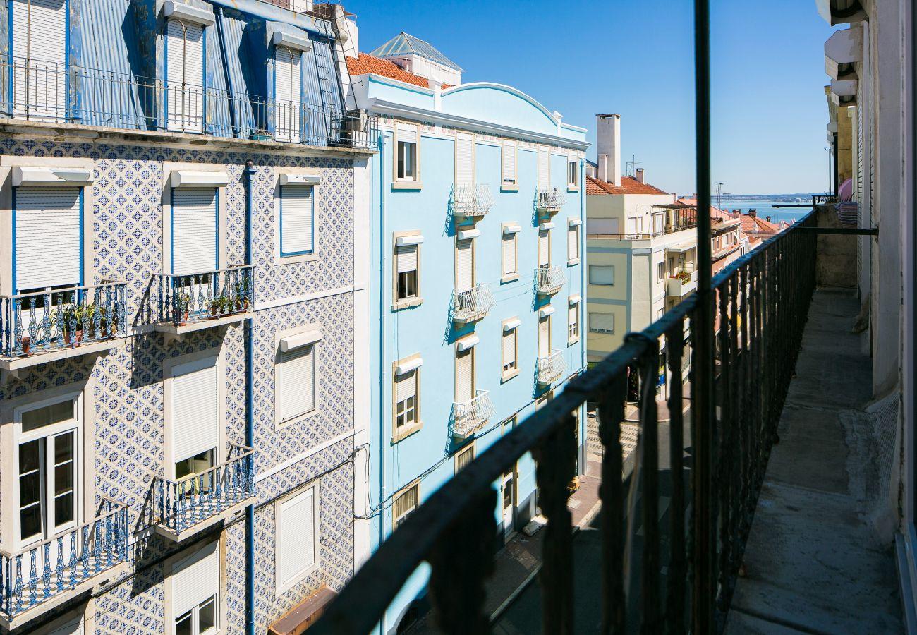 Vista da varanda do apartamento no centro da cidade