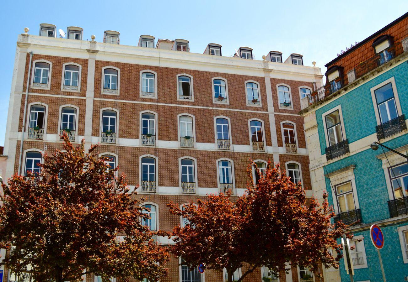 Bom edifício agradável para alugar em Lisboa para férias em família