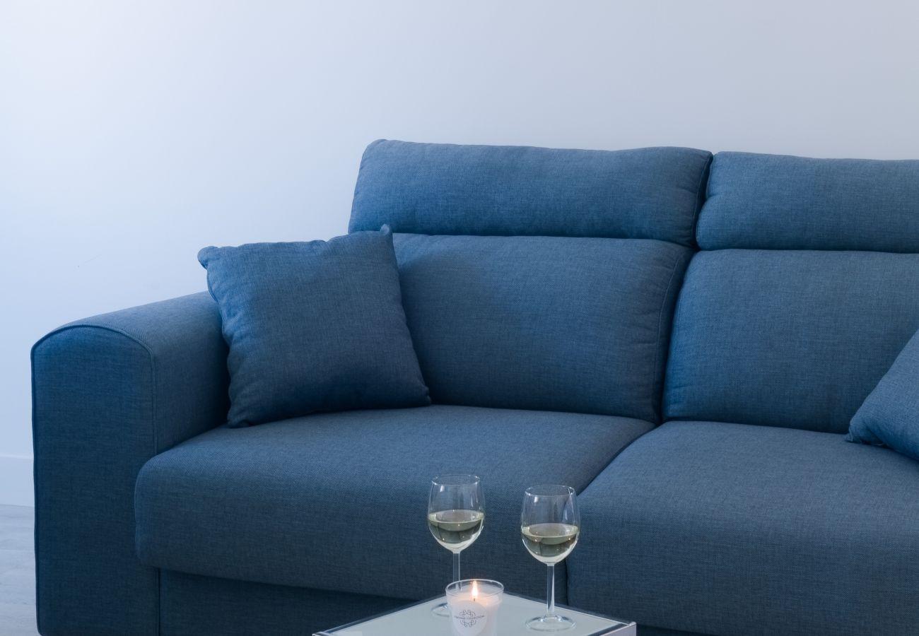 Sofá nove design contemporâneo de prestígio acolhedor para esta sala de estar
