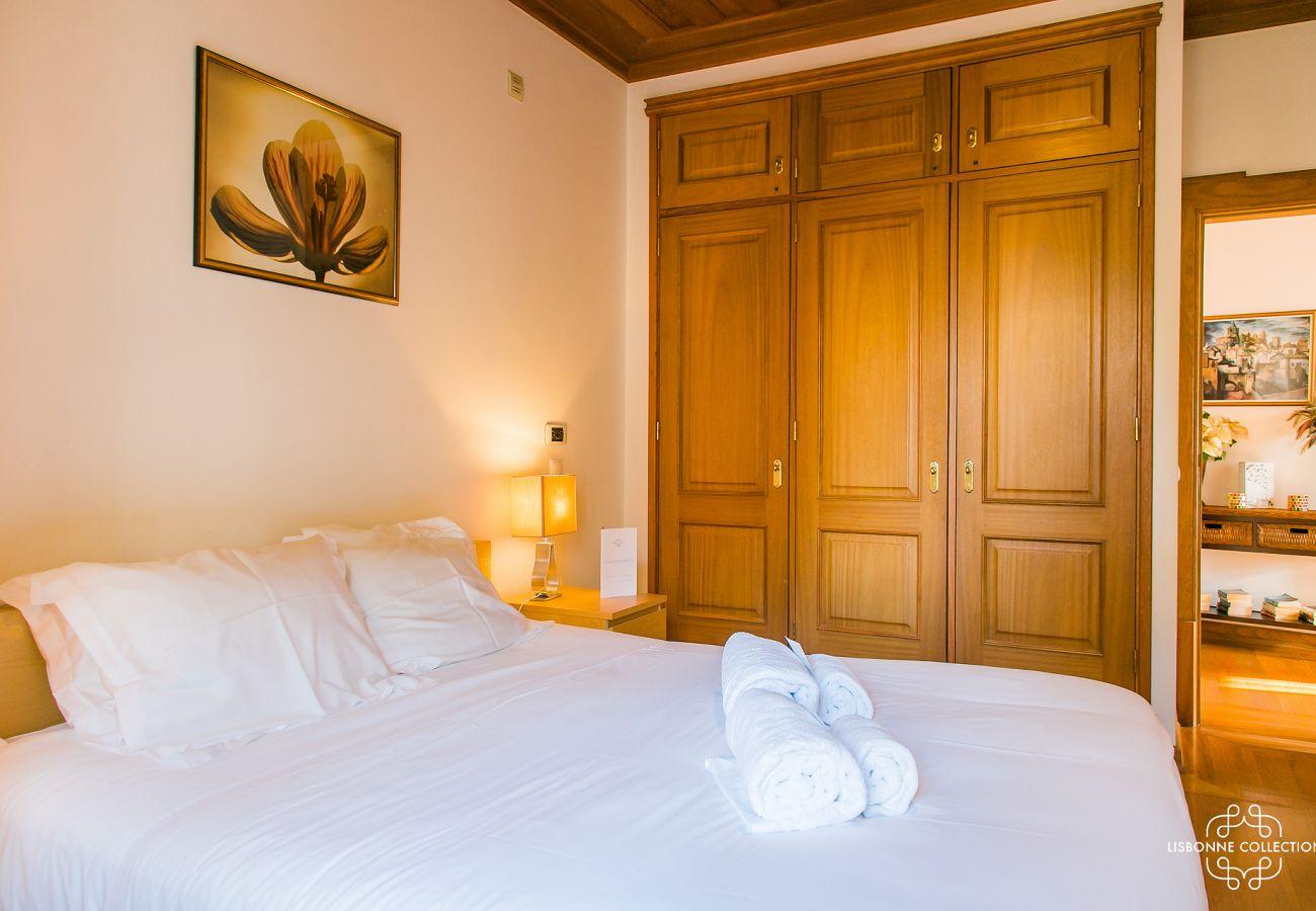 Quarto de luxo com acesso externo para alugar em Lisboa