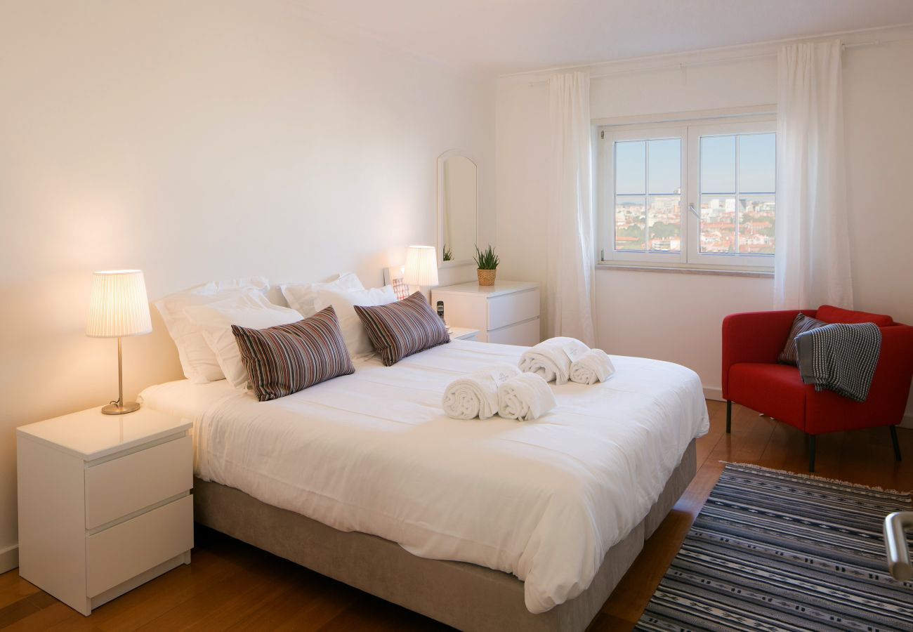 Grande apartamento de luxo para alugar em Lisboa
