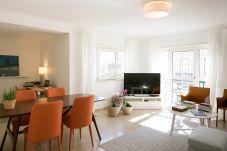 Apartamento em Lisboa - Graça Deluxe with parking 24 by...