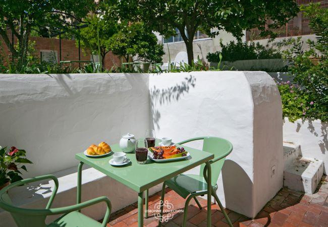 Apartamento em Lisboa - Pedro Alexandrino Terrace 27 by Lisbonne Collection