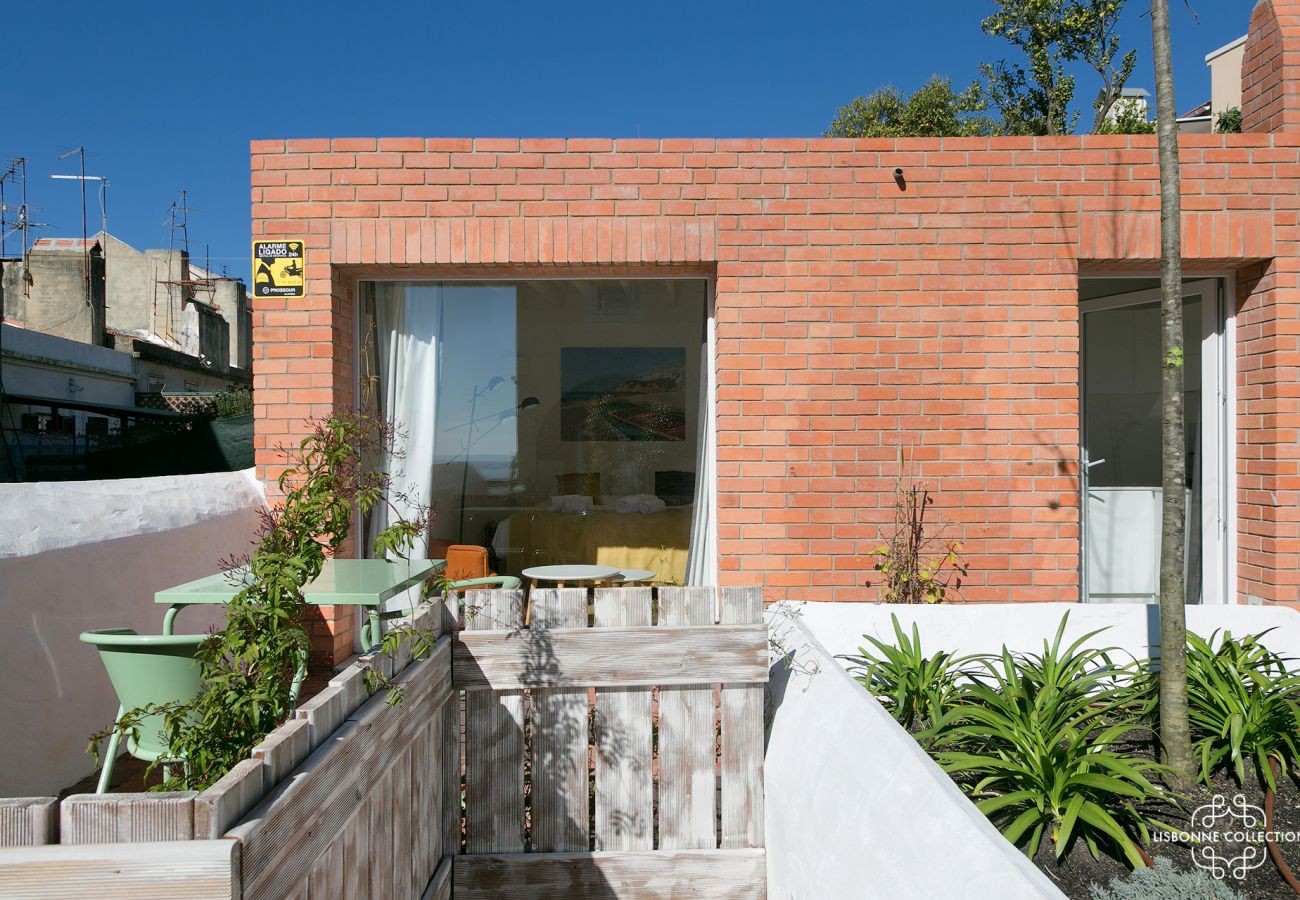 Apartamento com 2 quartos para 2 pessoas com jardim