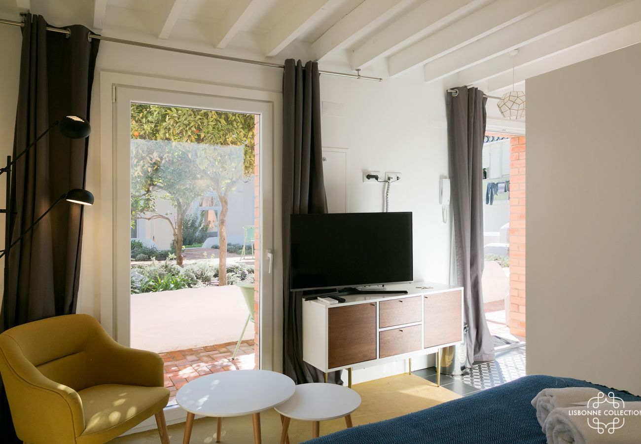 Apartamento estúdio para 2 pessoas com jardim