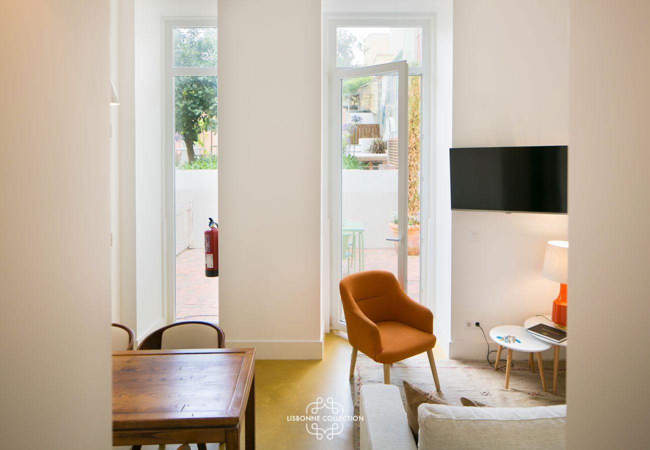 Vista do corredor com vista para a sala de jantar da sala de estar