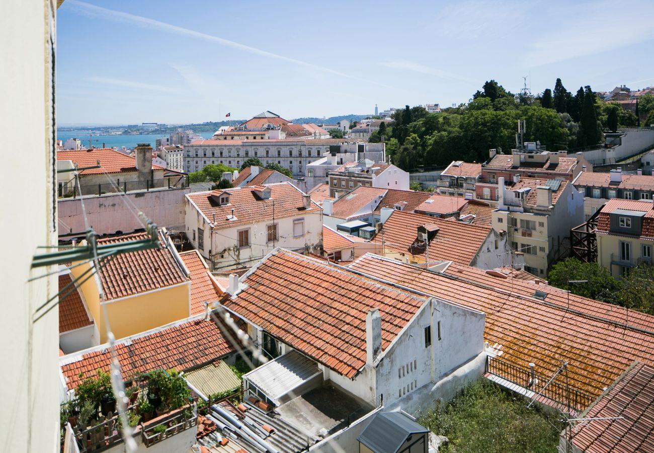 Vista do rio Tejo, na Baía de Lisboa