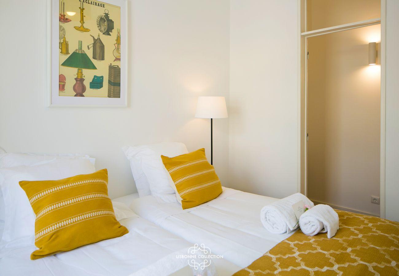 Quarto de prestígio em um apartamento para alugar em Lisboa