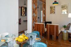 Apartamento em Lisboa - Graça River View with Balcony 47 by...