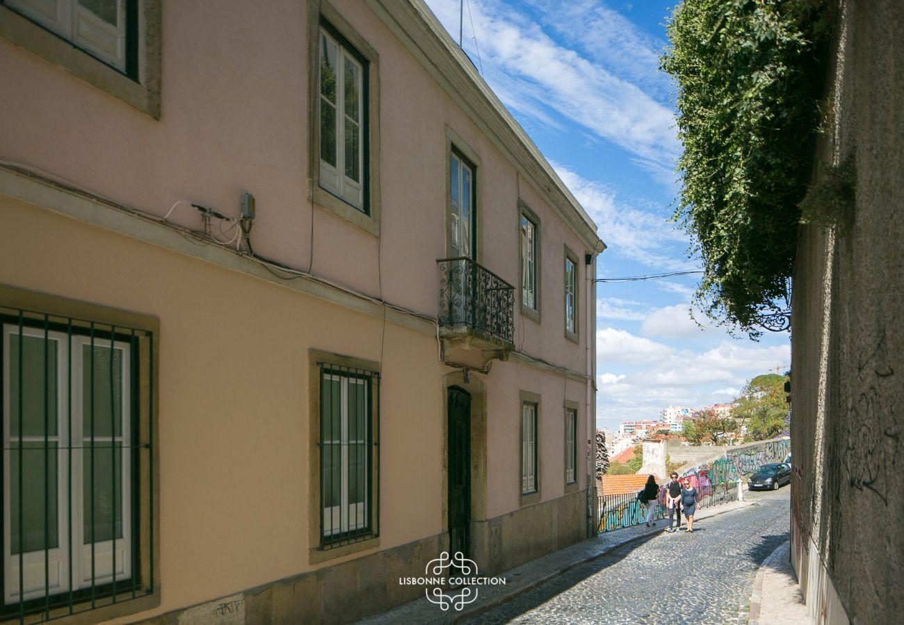 Rua onde fica o apartamento de Lisboa para alugar