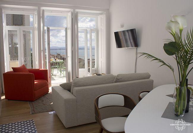 Apartamento em Lisboa - Pedro Alexandrino Terrace River view 32 by Lisbonne Collection