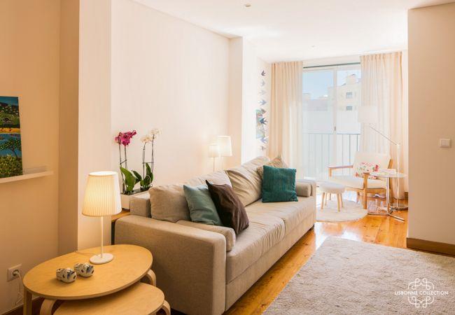 Apartamento em Lisboa - Traditional and light in Central Graça by LC