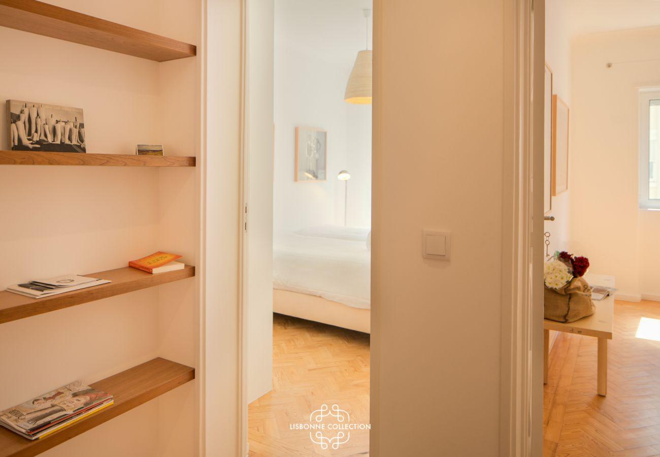 Corredor principal que dá acesso a ambos os quartos